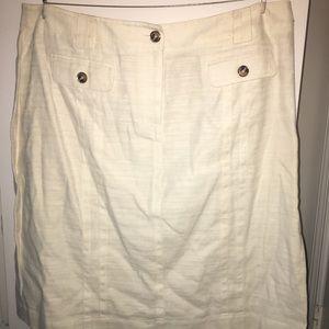 Jones New York White Linen knee-length skirt